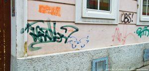 Graffitis an Fassade