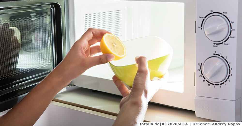 So können Sie die Mikrowelle reinigen